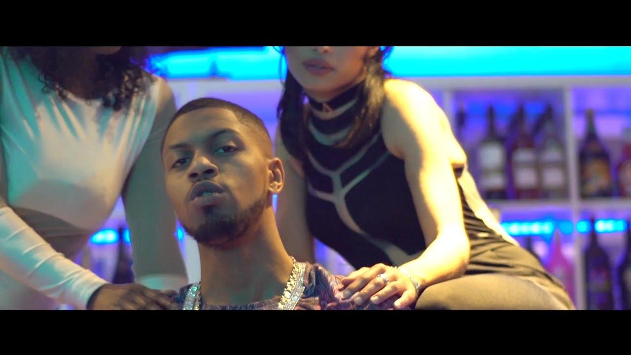Devi Dev – Un Muhe ft. Lil Homie